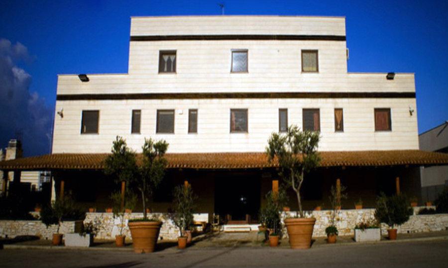 Azienda Agricola Marchese de Luca   Impianto elettrico illuminazione sistema TVCC e allarme