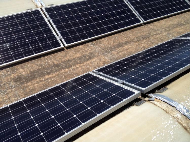 Coperture lastrico solare sistema di aggancio | stabilimento Filanto Casarano LE
