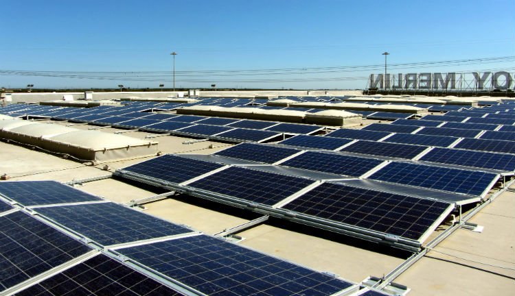 fotovoltaico tetto est ovest | Vista di insieme impianto Leroy Merlin Mesagne