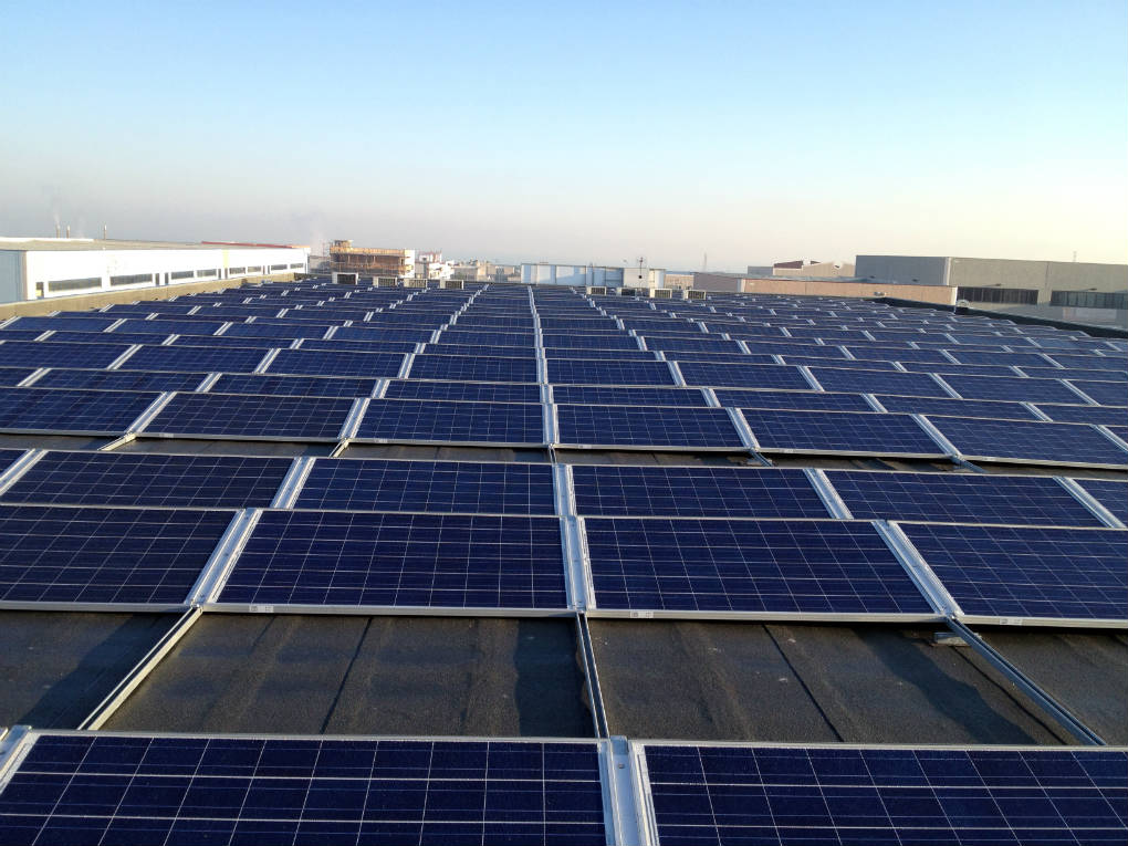 Impianto fotovoltaico capannone aziendale simulazione consumi