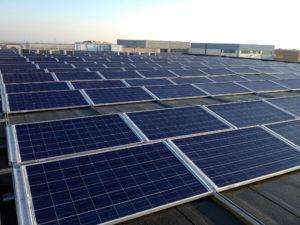 Impianto fotovoltaico moduli capannone aziendale
