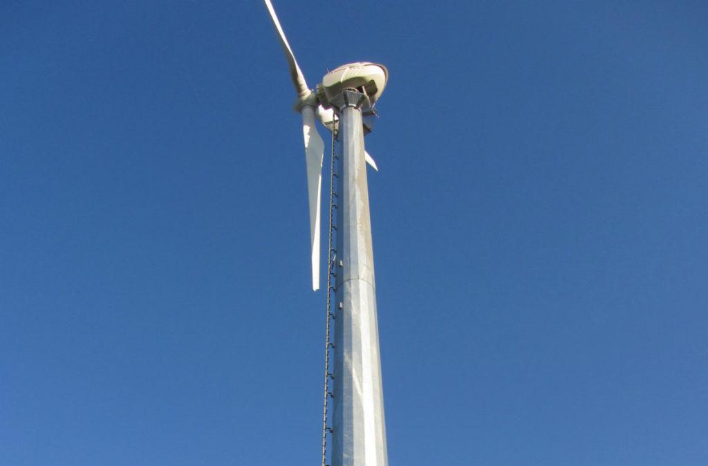 turbina minieolica 60 kw per azienda agricola corato